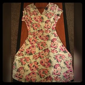 Short Summer Dress with Floral Pattern